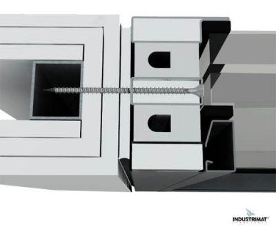 detail chassis vitre coupe feu 120 sur cloison legere